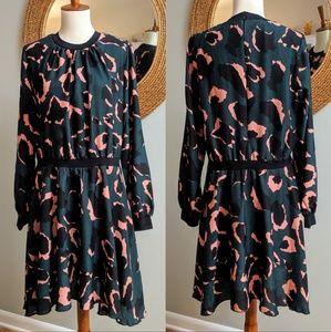 Minueto Abstract Print Blouson Dress